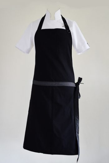 Double sided apron